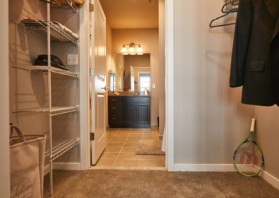 Willow Grove apartment with spacious closets and built in storage